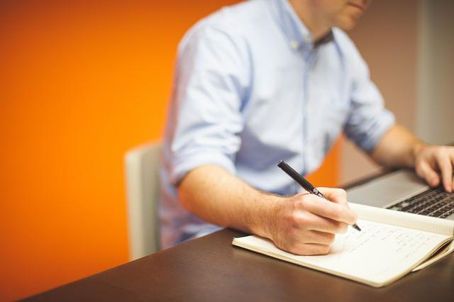 Po jakich studiach najtrudniej znaleźć pracę?