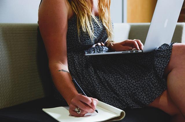 Praca jako przedstawiciel – czy warto?