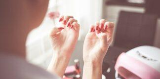 jak szybko wysuszyć paznokcie